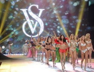 Состоялось модное шоу Victoria`s Secret 2012