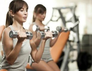 Как женщине не перекачать мышцы