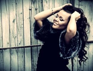 Алина Гросу снялась в новой фотосессии. Фото