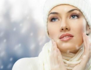 Зимняя косметичка: правильно подбираем средства
