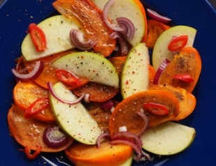 Острый салат из фруктов: экзотический рецепт