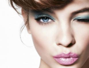 Как сделать идеальный макияж под цвет глаз?