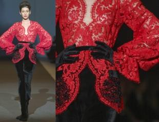 Гипюровая алая блуза от Юлии Айсиной