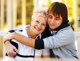 Маменькин сынок: как с ним строить отношения?