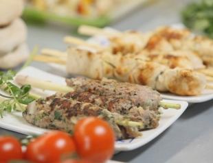 Люля-кебаб и куриный шашлык: видео-рецепт