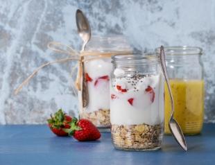 Как похудеть с помощью йогурта?