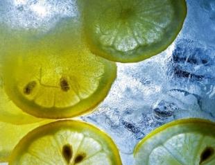 Как правильно делать массаж косметическим льдом?