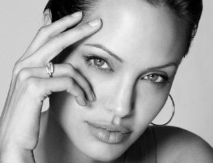 Анджелина Джоли названа самой высокооплачиваемой актрисой
