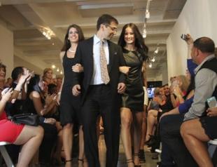 На нью-йоркской Неделе моды прошел показ пластического хирурга