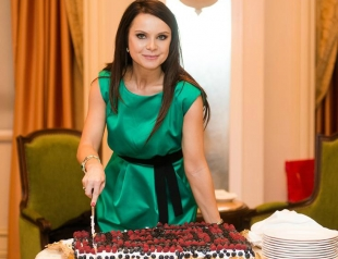 Лилия Подкопаева отметила 35-летний юбилей