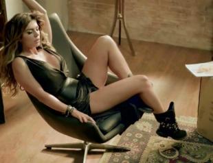 Телеведущая и певица Аня Седокова снялась для Playboy