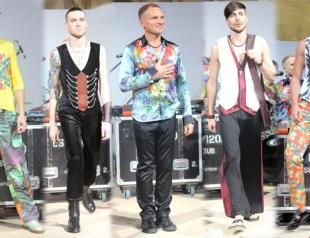 Олег Скрипка показал дебютную коллекцию одежды