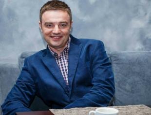 Роман Кадемин станет соведущим Подробностей на Интере