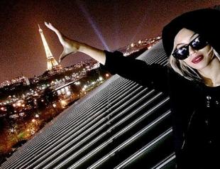 Бейонсе и Джей Зи показали фото с гастролей в Париже