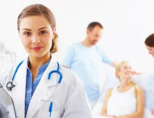 Как правильно выбрать врача-косметолога