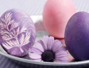 Пять модных способов украсить яйца на Пасху