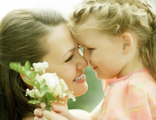 Открытки ко Дню матери своими руками: мастер-классы