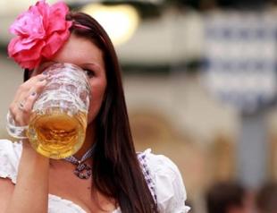 Губит ли женщин пиво? Плюсы и минусы его употребления