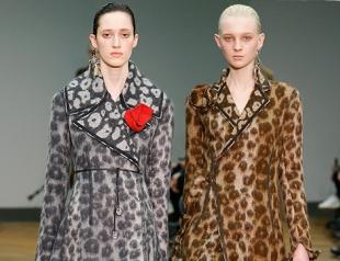 Пальто с леопардовым принтом Céline