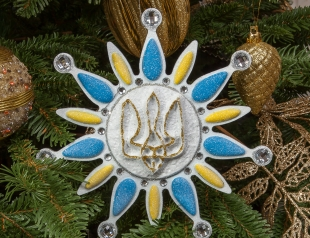 Как на Новый год по новому украсить елку