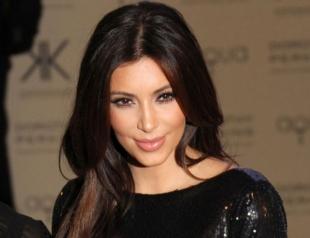 Как менялись прически Ким Кардашьян: эволюция волос за 18 лет