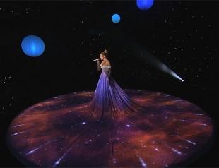 Как войти в историю шоу-бизнеса: платье-экран Дженнифер Лопес