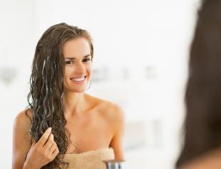 Как ускорить рост волос: пилинг кожи головы