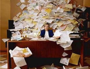 Куда деть кипу бумаг на столе? Оптимизация работы для успешной леди