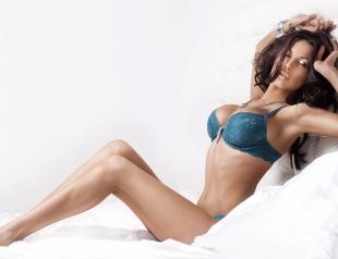 Звездная косметичка Оксаны Самойловой: Sensai, Chanel, Inglot, Guerlain