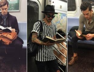 Срочно подписаться: Инстаграм с фотографиями читающих в метро мужчин