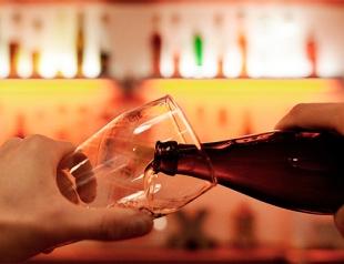 Пиво и мужчины: в определенных дозах пиво делает мужчину превосходным любовником