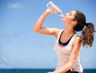 Как научиться пить достаточное количество воды