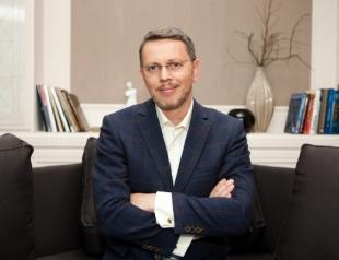 Дмитрий Слоссер