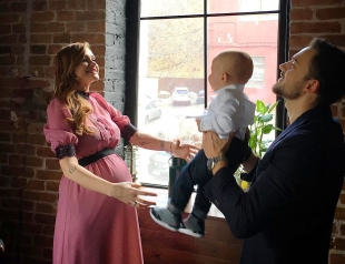 """Второй ребенок за 2 года: Слава из """"НеАнгелов"""" родила доченьку!"""