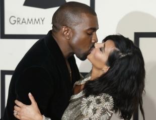 Как Он ее любит: муж Ким Кардашьян задаривает жену роскошными подарками