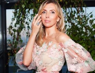 Как отдыхают звезды: 47-летняя Светлана Бондарчук на Ибице хвастается стройной фигурой
