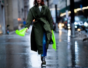 Осень к нам идет: как стильно одеваться в дождь