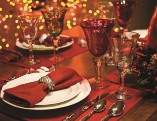Праздничный декор новогоднего стола на Щедрый вечер 2017: сервировка, декор, идеи оформления