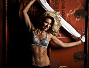 Топ-3 упражнения от Аниты Луценко, как привести себя в форму: пресс, спина, бедра (ВИДЕО)