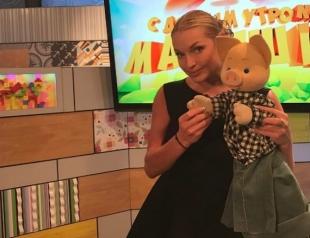 Скандальная Анастасия Волочкова стала ведущей детской телепередачи (ФОТО)