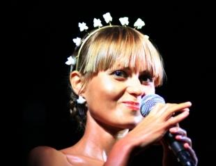 """Выступление Кати Чили на шоу """"Голос країни-7"""" стало хитом в соцсетях (ВИДЕО)"""