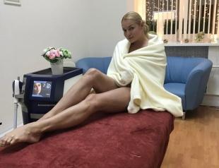 """Анастасия Волочкова заступилась за полных людей и пристыдила Алену Водонаеву: """"Не осуждай, а помоги!"""""""