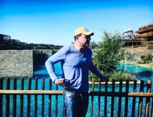 Муж Ксении Собчак похвастался результатами похудения на пляже (ВИДЕО)
