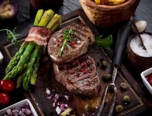 Well done под запретом: врачи не рекомендуют есть сильно прожаренное мясо по одной убийственной причине