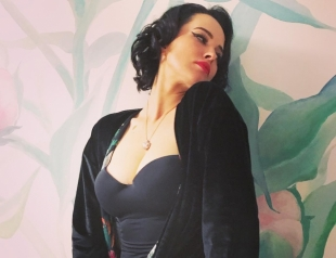Сексуальная Даша Астафьева похвасталась фигурой в купальнике (ФОТО)