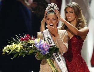 """Стало известно, кто победил в """"Мисс Вселенная-2017"""" (фото победительницы)"""