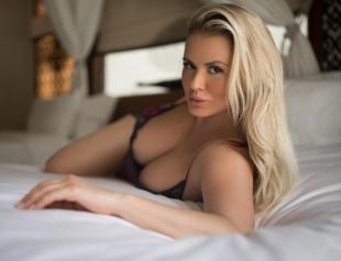 Анну Семенович опять раскритиковали за фотошоп фигуры