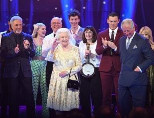 Как королева Елизавета II отпраздновала 92-ой день рождения: ФОТО