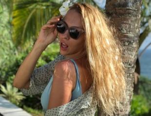 """Люблю экспромт"": Оля Полякова показала фигуру в бикини (ФОТО)"