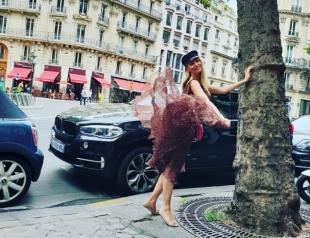 """""""Ура, я дома!"""": как Оля Полякова отдыхает в Париже (ФОТО)"""